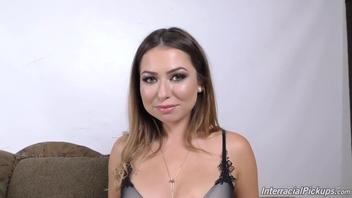 Busty Latina Pov Gesichtsbehandlung