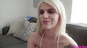 Порно видео с Megan Holly (Меган Холли)